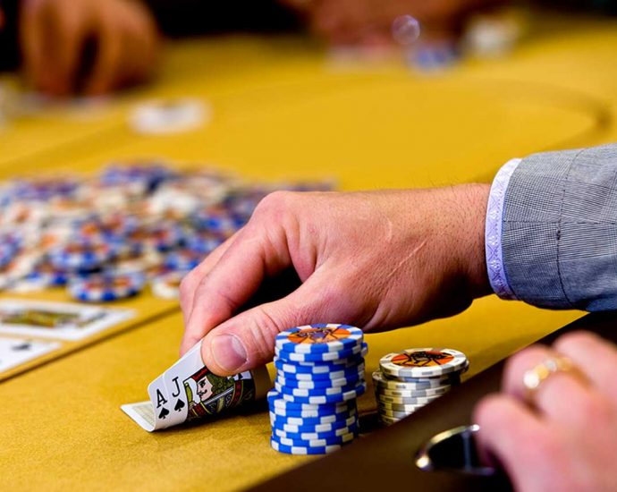 Poker Betting Rules Of The Road - Dummies