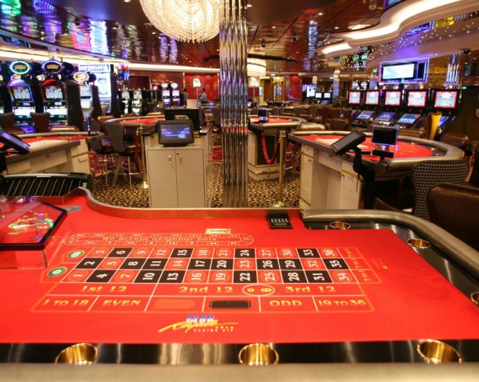 How To Play Blackjack Online Guide