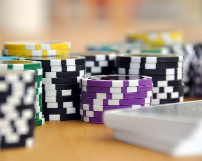 Top Key Ways The pros Use For Online Casino